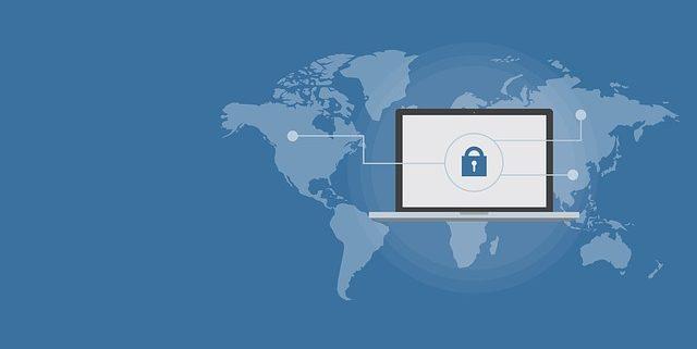 ¿Cómo se desarrolla la protección de datos en los foros?
