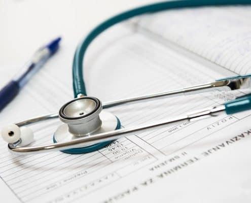 LOPD en sanidad: ¿quién protege tus datos e historia clínica?