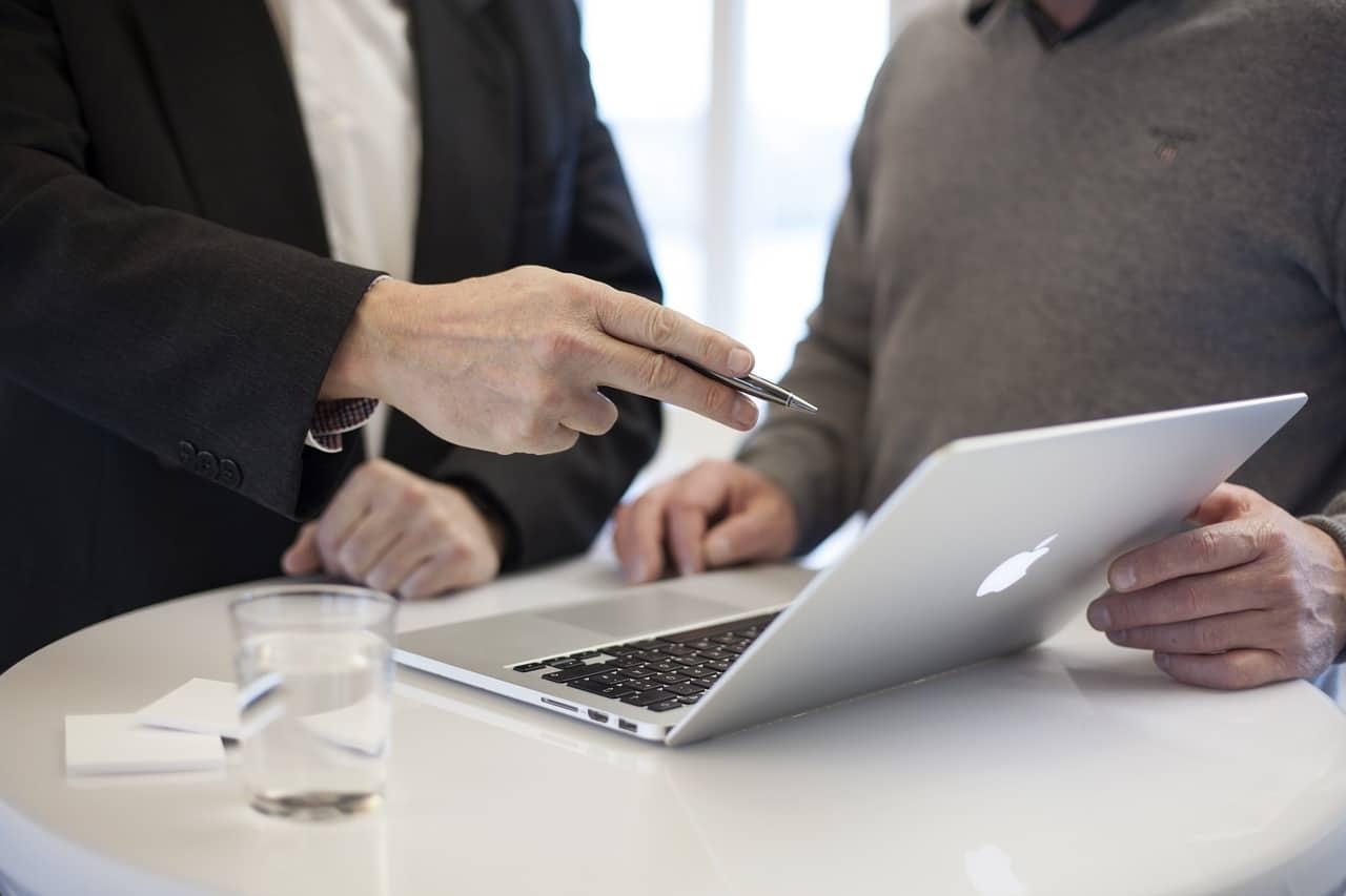 Los múltiples beneficios de recurrir a una consultoría LOPD